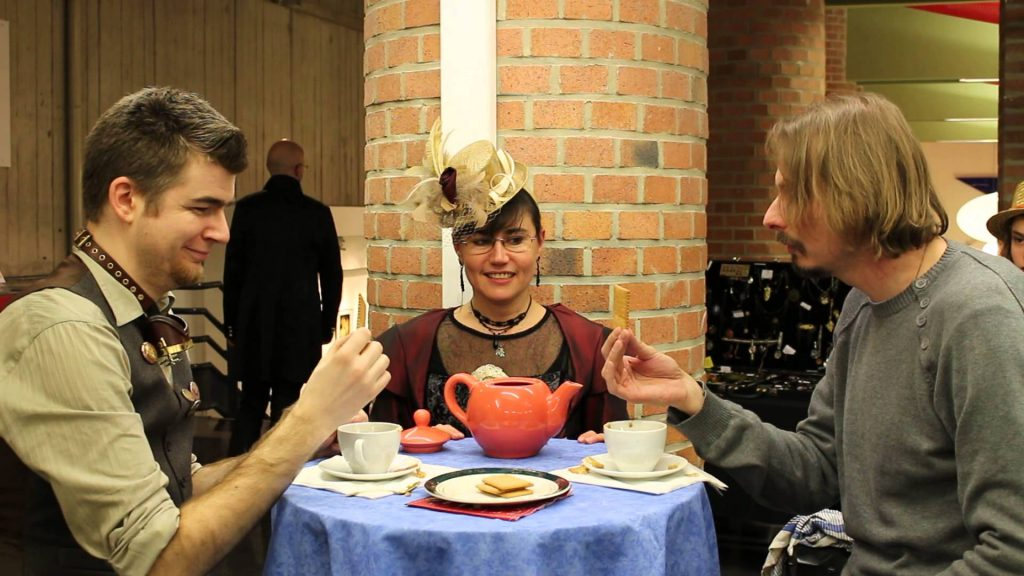 A la découverte des «sports» Steampunk : Les duels de thé, d'ombrelles et les courses de théières